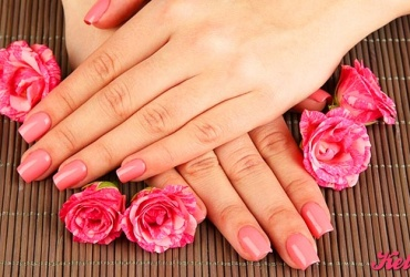 50% попуст на ГЕЛ-ЛАК НА ПРИРОДНИ НОКТИ во Beauty Center EXCLUSIVE во вредност од 400ден. за само 199ден.