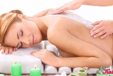50% попуст на МАСАЖА НА ГРБ + ПИЛИНГ во салонот за масажа ЗЛАТНИ РАЦЕ во вредност од 900ден. за само 449ден.